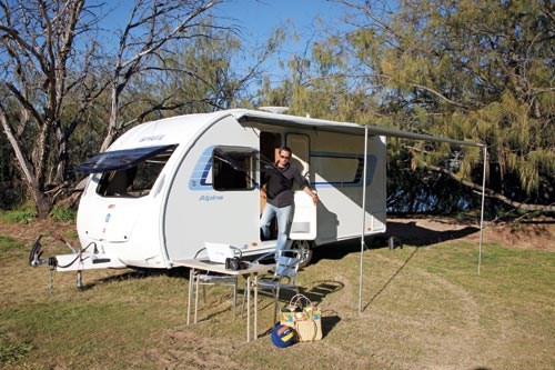SWIFT SPRITE ALPINE 4 CARAVAN REVIEW-08.jpg