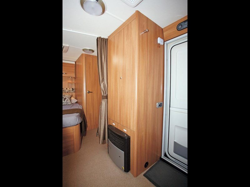 SWIFT SPRITE ALPINE 4 CARAVAN REVIEW-15.jpg