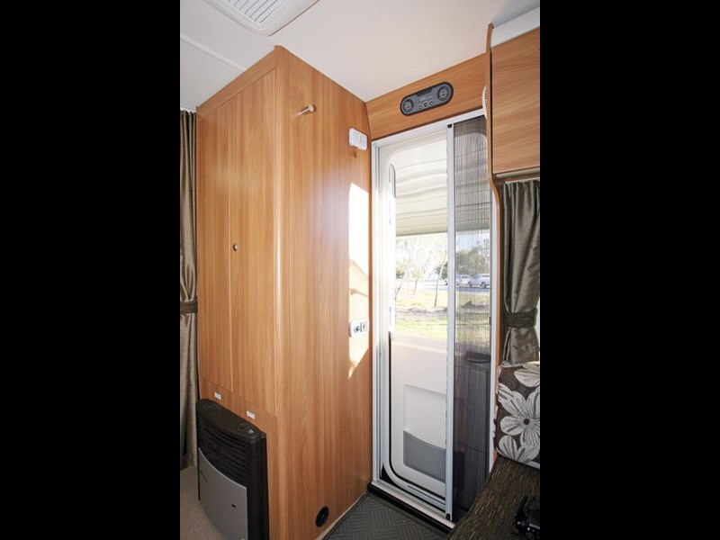 SWIFT SPRITE ALPINE 4 CARAVAN REVIEW-16.jpg