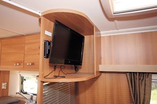 SWIFT SPRITE ALPINE 4 CARAVAN REVIEW-21.jpg