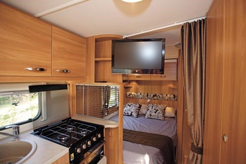 SWIFT SPRITE ALPINE 4 CARAVAN REVIEW-22.jpg
