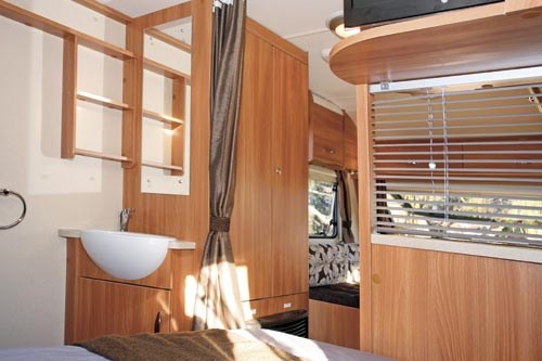 SWIFT SPRITE ALPINE 4 CARAVAN REVIEW-23.jpg