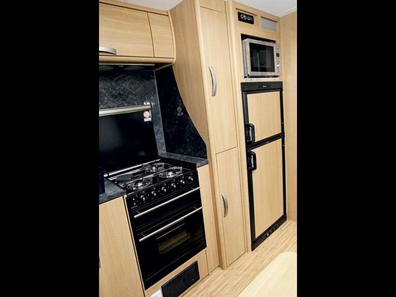 Jayco Sterling Outback Caravan Review-07.jpg