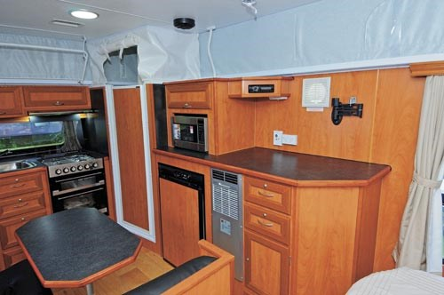 GOLDSTREAM RV PANTHER-12.jpg