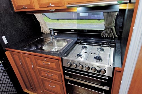 GOLDSTREAM RV PANTHER-22.jpg