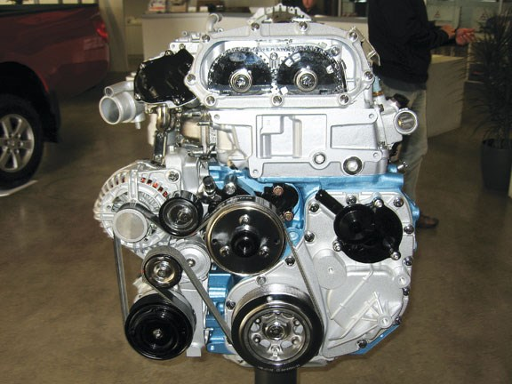 Mitsubishi Fuso Canter trucks diesel engine