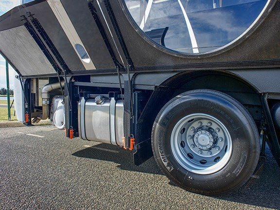 The B8RLE Euro 6 CAT allows easy access all around