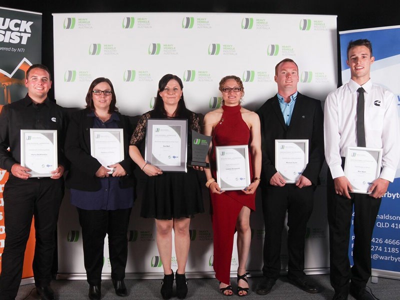 2016 HVIA National Apprentice of the Year Zoe Bull (Cummins South Pacific, Carole Park QLD) with other nominees (L to R): Harry Olatkiewicz (Cummins South Pacific, Laverton VIC), Rebecca O'Brien (Cummins South Pacific, Tamworth NSW), Louise Azzopardi (The Tractor Shop, Glossodia NSW), Michael Scott (Cummins South Pacific, Kalgoorlie WA), Ben Watt (Cummins South Pacific, Hexham NSW).