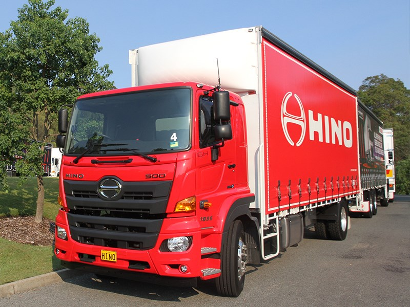 hino 500 series FM2635 truck model side view