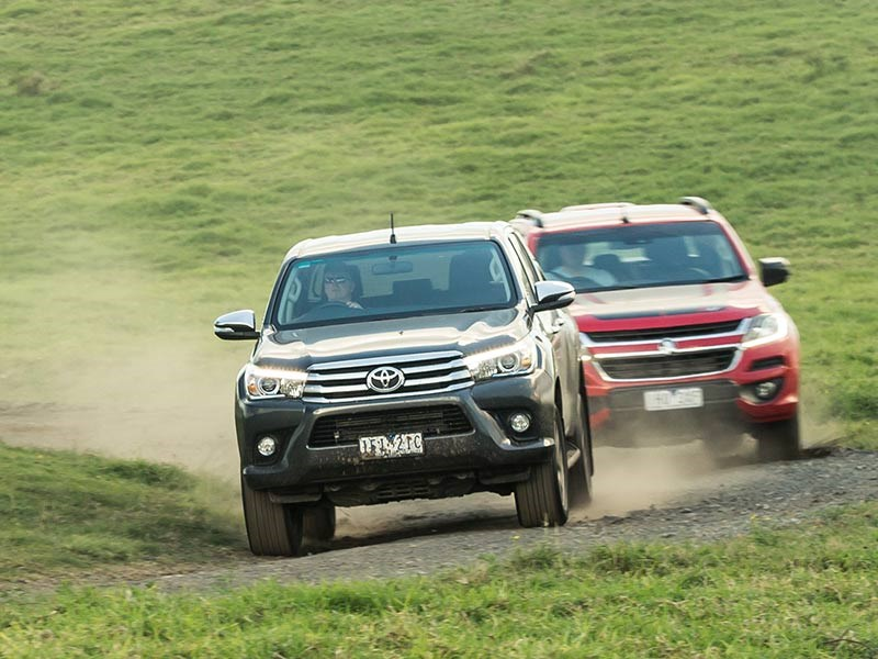 Head to head Holden Colorado Z71 vs Toyota Hilux SR5 Review Matt Wood ATN4