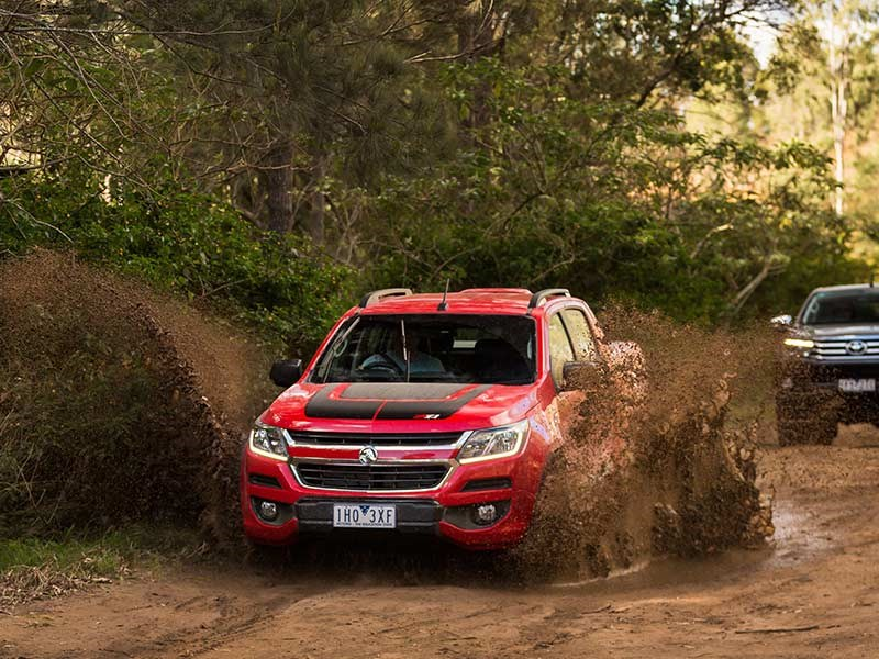 Head to head Holden Colorado Z71 vs Toyota Hilux SR5 Review Matt Wood ATN5
