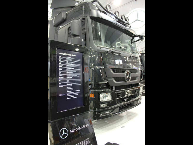 MERCEDES-BENZ Black Series Actros
