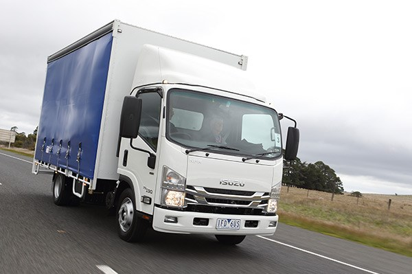 Isuzu NPR 65-190 truck | Review