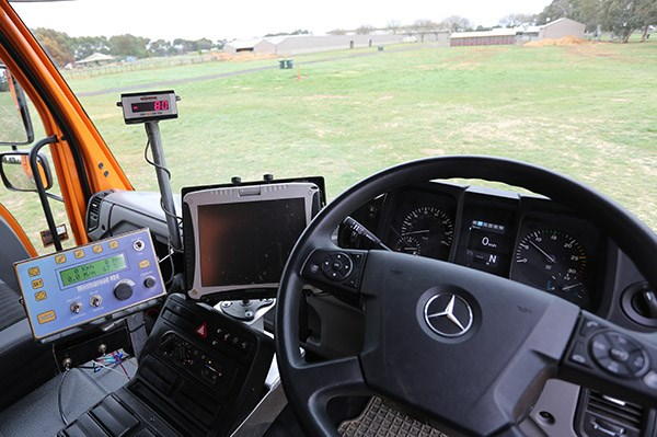 mercedes benz unimog review atn4