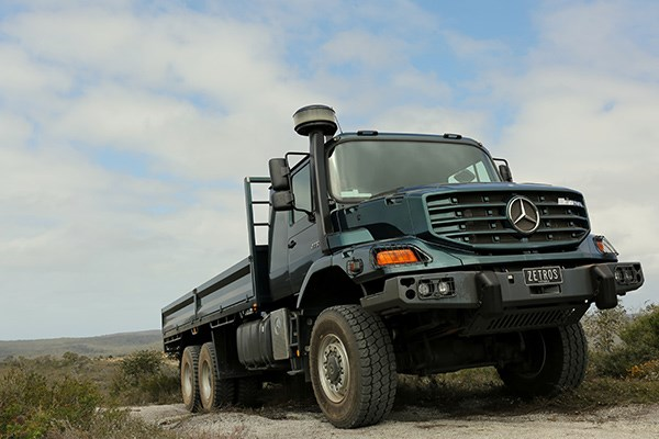 mercedes benz zetros review tradetrucks5