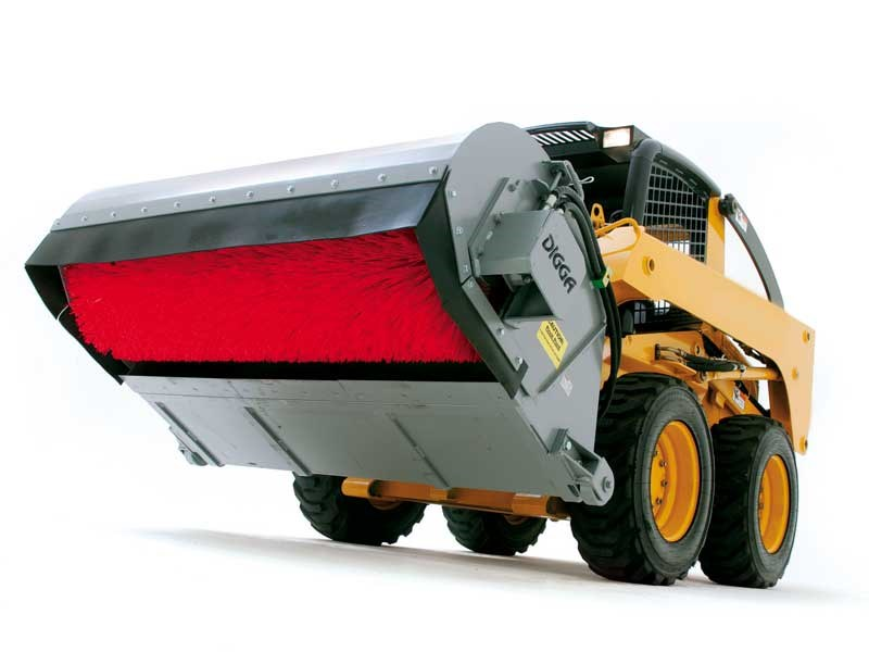 Product Feature: Digga bucket broom