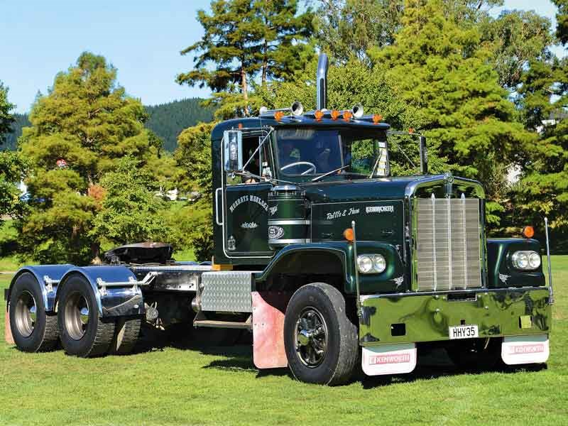 The Best Vintage Truck award went to Murrays Haulage and their immaculate LW Kenworth