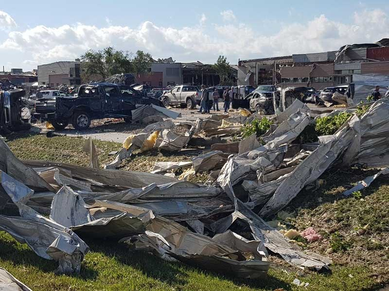 Kiwi contractors caught in Iowa tornado