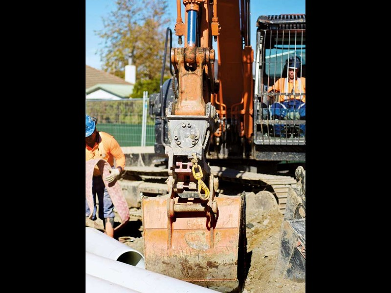 Attach2 supplied tilt motors on Drainways Contacting Ltd 14 tonne excavator makes easy work