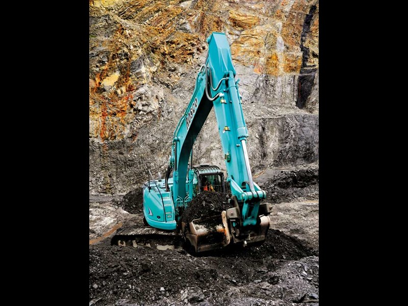 The Ed heads to Reefton to check out the Kobelco exccavators at work in an open cast coal mine