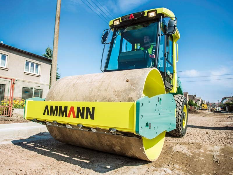 Ammann ASC 70 single drum roller