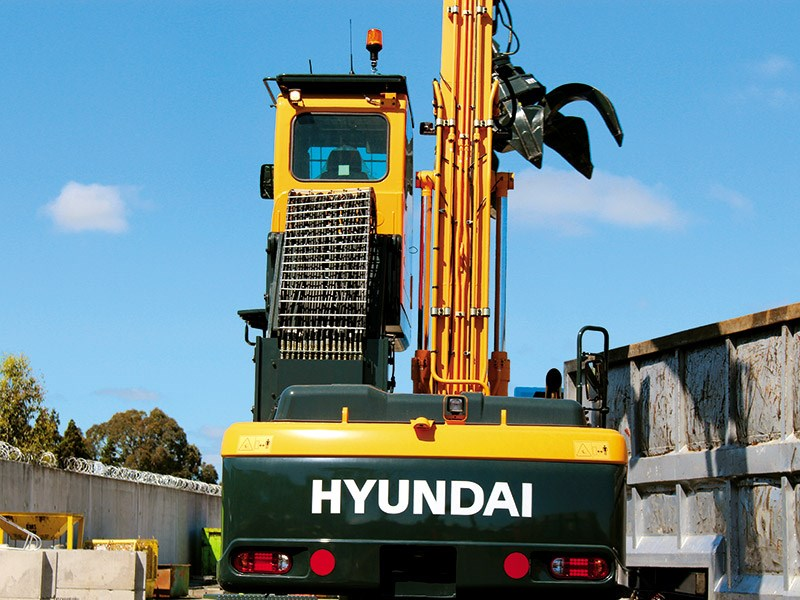 Launch report: Hyundai R210W-9