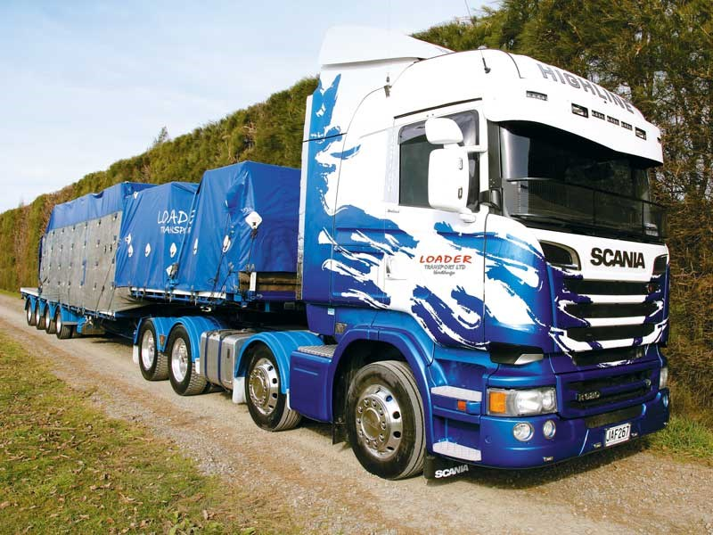 Scania R620: Loader Transport's flash new truck