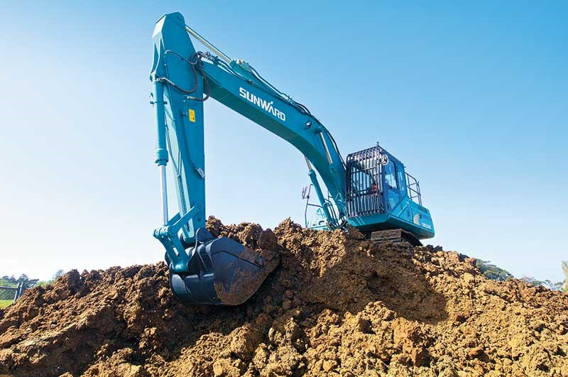 Sunward SWE 230E excavator review