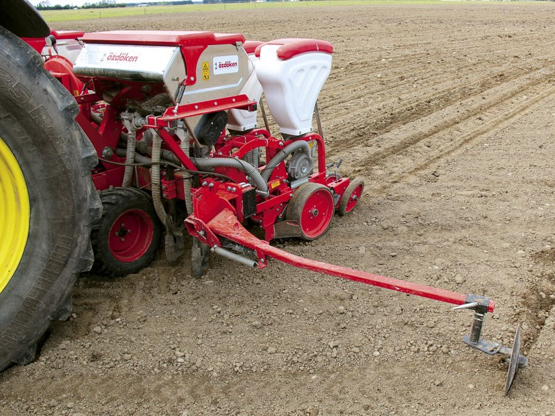 Farmchief XACT fodder beet planter review