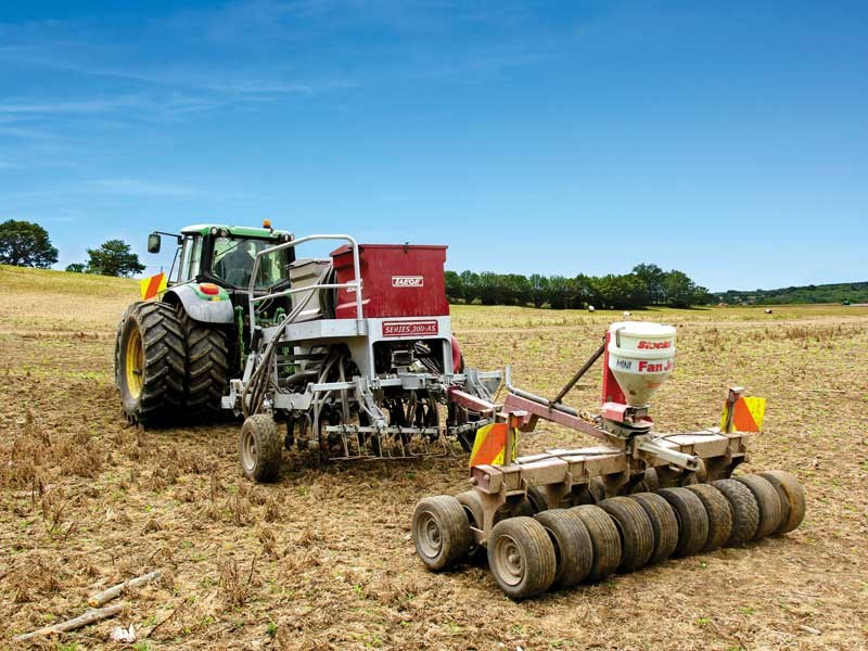 Test: Taege 3M air seeder
