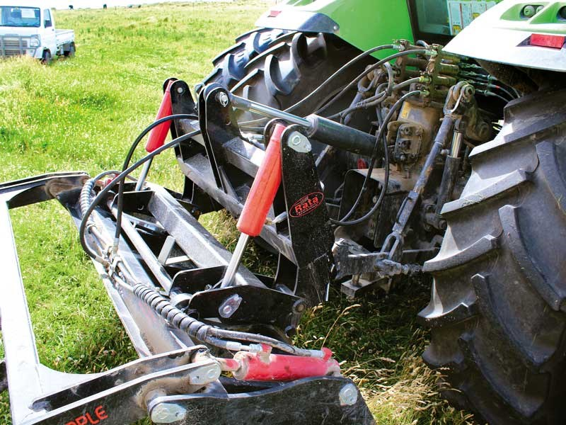 Test: Rata Versatile grapple and hitch