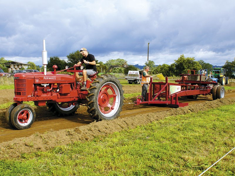 Otorohanga Vintage Machinery Club Tractor Pull