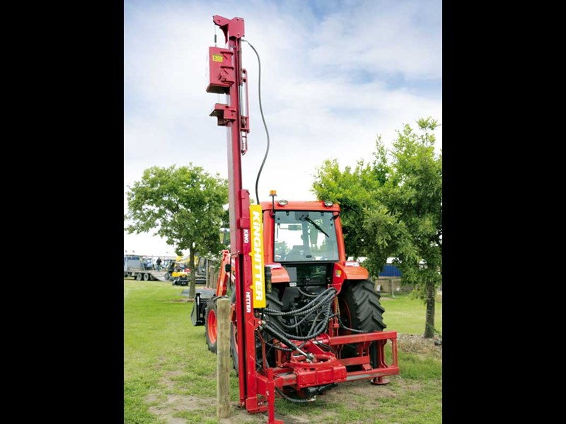 Farm Trader tested the Kinghitter Series 5 rotational post driver