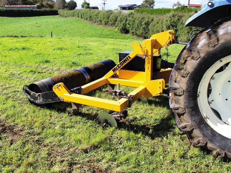 Fighting soil compaction with the McConnel Shakaerator