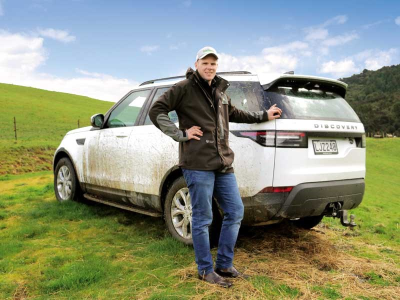 Jaiden Drought puts the Land Rover Discovery Pioneer through its paces