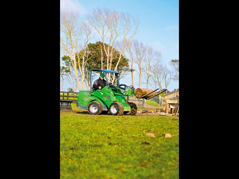 Avant 528 articulated telescopic loader review