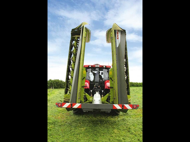 Review: Claas Disco 9200C Business