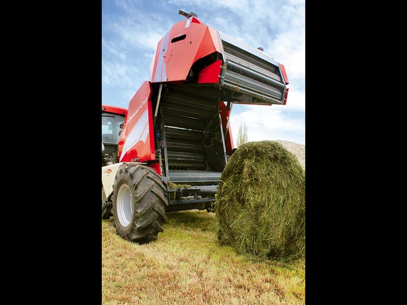 Review: Live Mac L337 round baler
