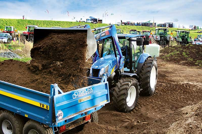 Top Tractor 2016: New Holland T6050 Plus
