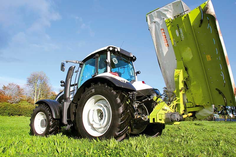 Valtra T174ecoD tractor review