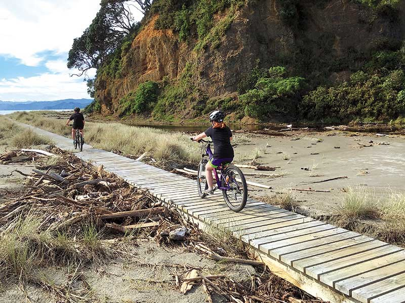 NINA MERCER Cycling the Motu Dune Trail