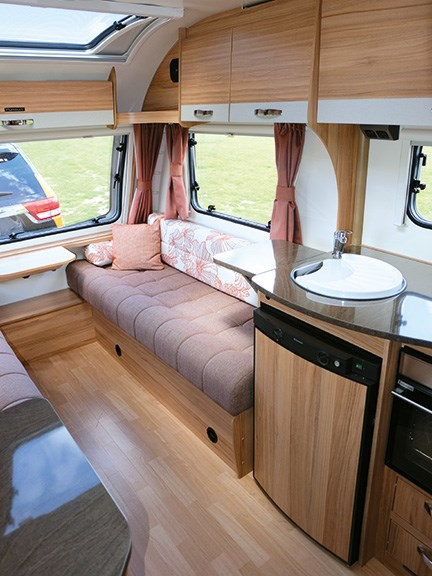 Caravan review: Bailey Pursuit 400/2