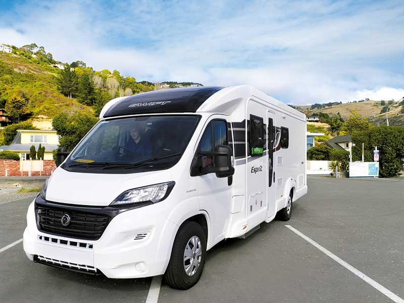 Swift Escape Esprit 494 review