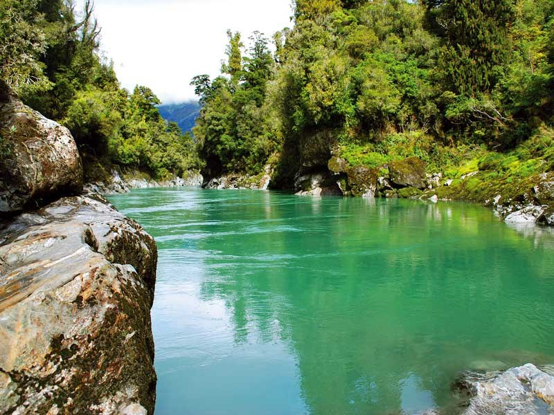 Hokitika to Franz Josef: greenstone and glaciers