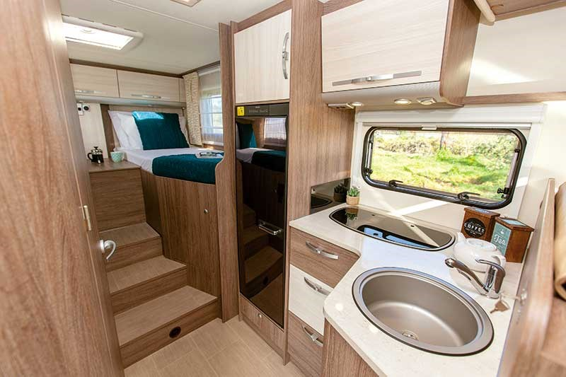 Ixeo Time IT726G motorhome review
