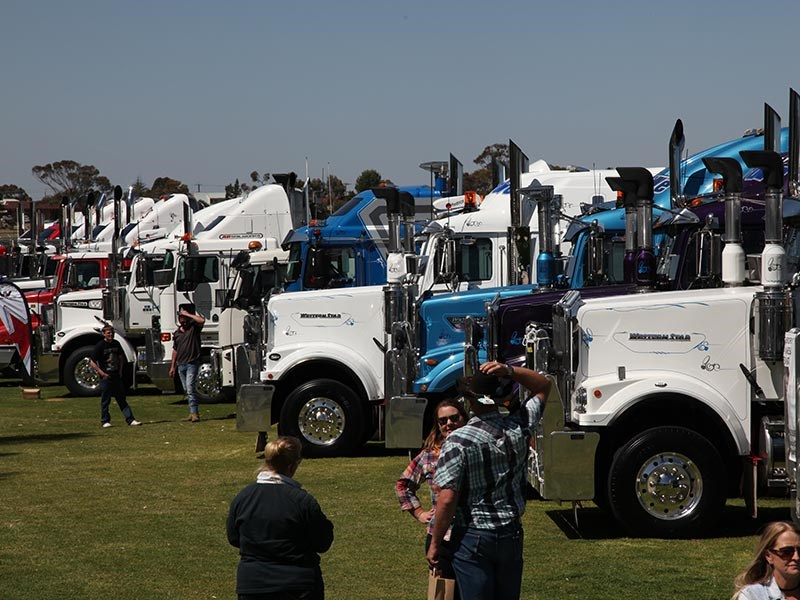 White Hill Convoy 2016 Events Murray Bridge racecourse OwnerDriver 23