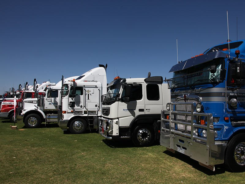 White Hill Convoy 2016 Events Murray Bridge racecourse OwnerDriver 25