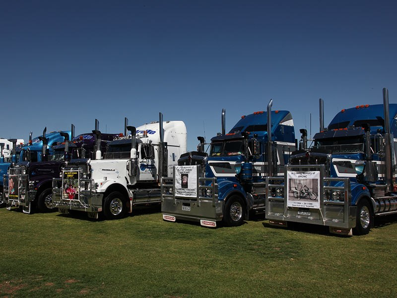 White Hill Convoy 2016 Events Murray Bridge racecourse OwnerDriver 30