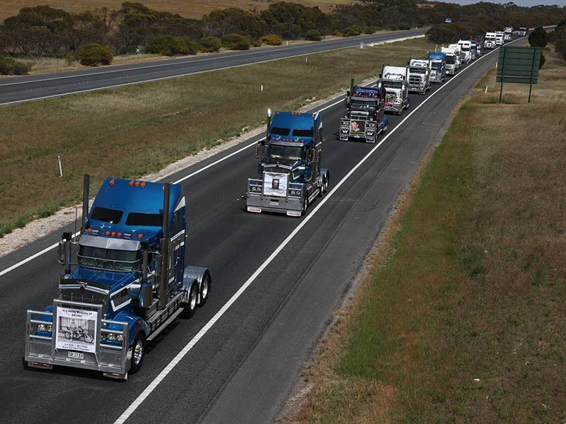 Convoy from Adelaide on the South Eastern Freeway.