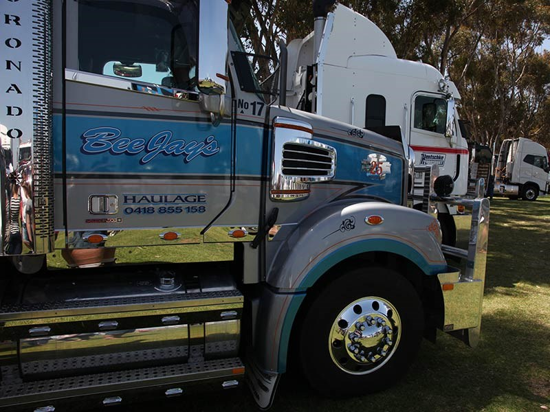 White Hill Convoy 2016 Events Murray Bridge racecourse OwnerDriver 9